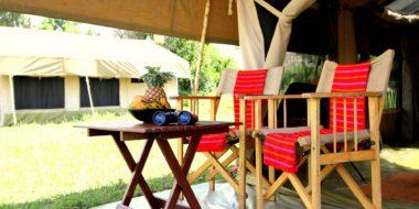 Camp Zebra, Außenbereich eines Zeltes