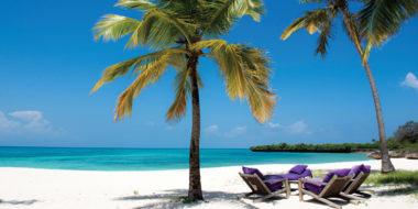 Fanjove Private Island, Strand mit Palmen