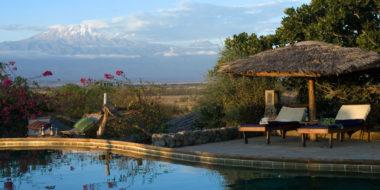 KIA Lodge, Pool mit Ausblick