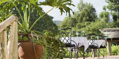 Tloma Lodge, Speisen im Grünen