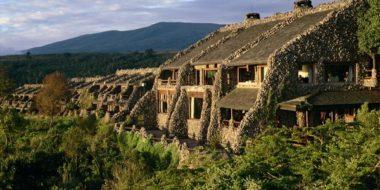 Ngorongoro Serena Safari Lodge, Außenansicht
