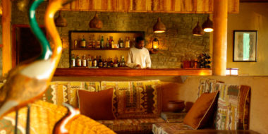 Ndutu Safari Lodge, Bar